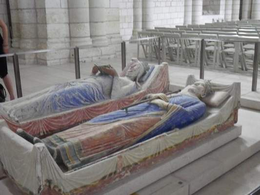 Eleanor of Aquitane and her second husband, King Henry II of England, were buried at Fontevraud, along with their son Richard the Lion-hearted. Eleanor is the only woman to have been Queen of both France and England.
